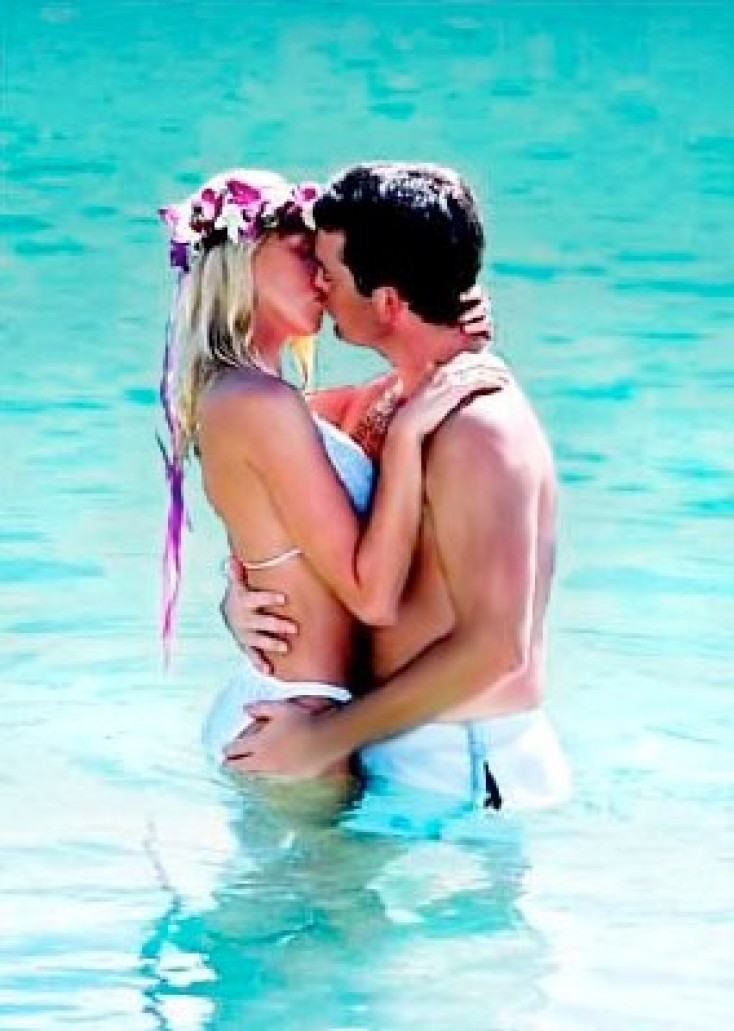 Romantic island wedding