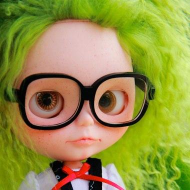 nerd girl with green hair