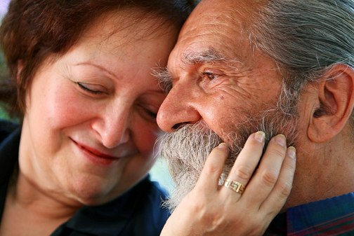 happy over 50 dating couple
