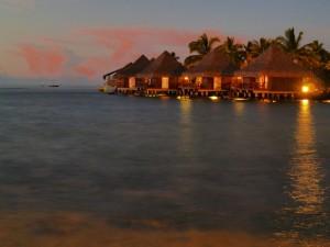 tahiti-overwater-bungalows